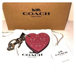 Coach Accessories - 💕COACH KEYCHAIN 💕